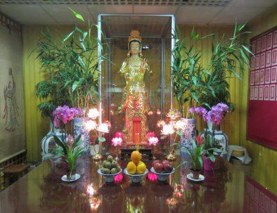 Quartier-chinois-temple-statue